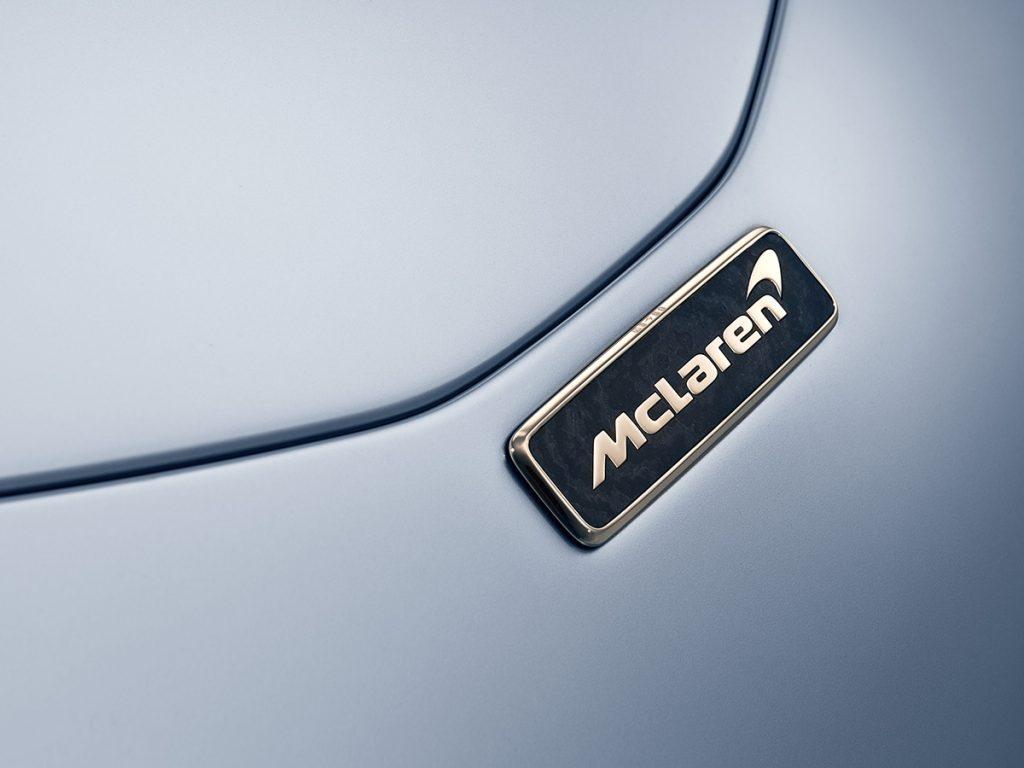 McLaren Speedtail badge